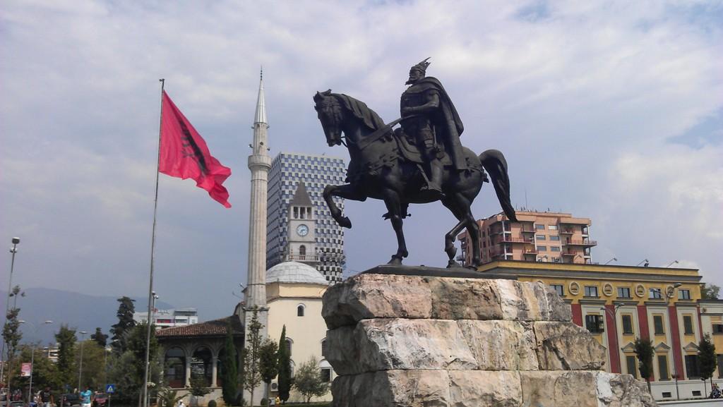 GÜNÜN OLAYI: Arnavutların Milli Kahramanı İskender Bey Öldü (1468)