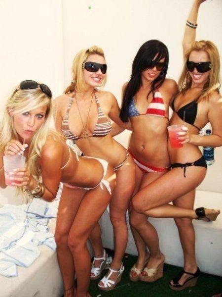 фото с утерянных телефонов девушек